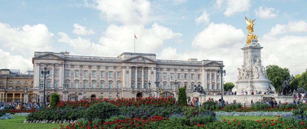 Buckingam Palace - London